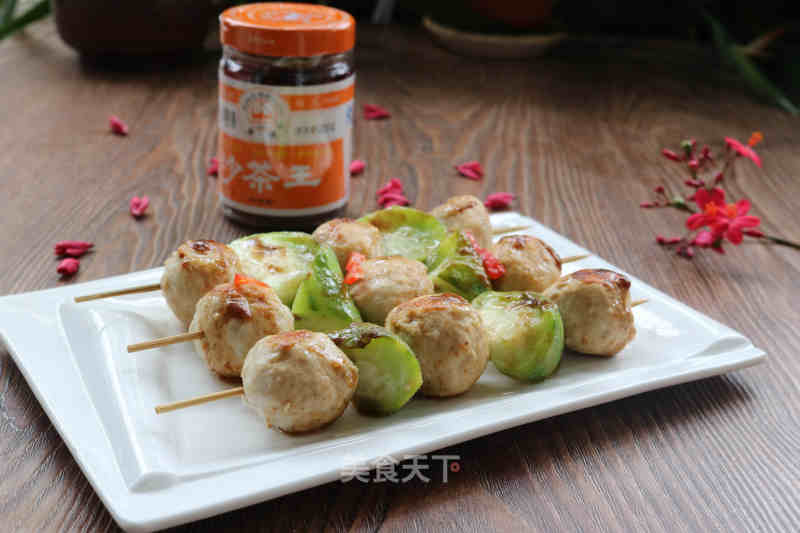 Shacha sauce with towel gourd meat balls
