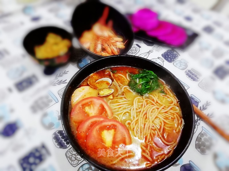 Hot and sour Jiami noodles